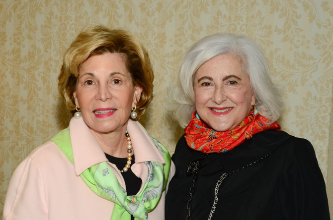 Elaine Leegstra, Nancy Stillerman
