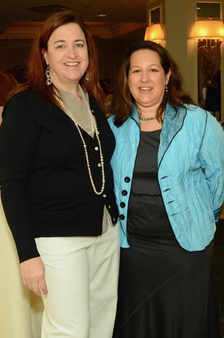 Laura Dahm, Lisa Beth Savitz