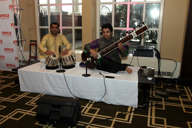 Sitar and drum player