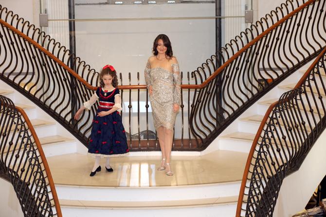 Fashion Show:  Alina Vinokur, Julia Motorina