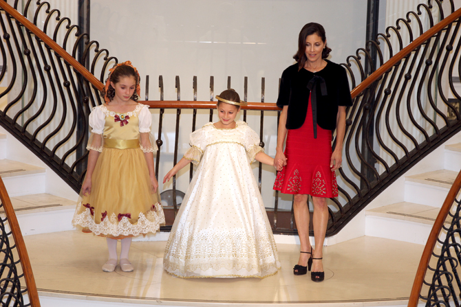 Fashion Show:  Arianna Netter, Samantha Netter, Stephanie Netter