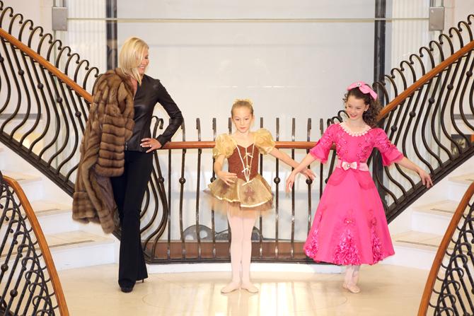 Fashion Show:  Ireland O'Brien, Yvette O'Brien, Izabela O'Brien