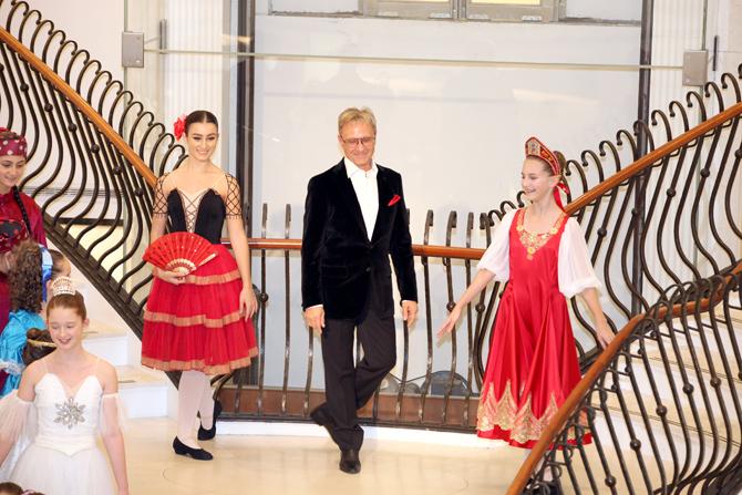 Fashion Show:  Natalie Gasparini, Yuri Vodolaga, Olivia Citarella