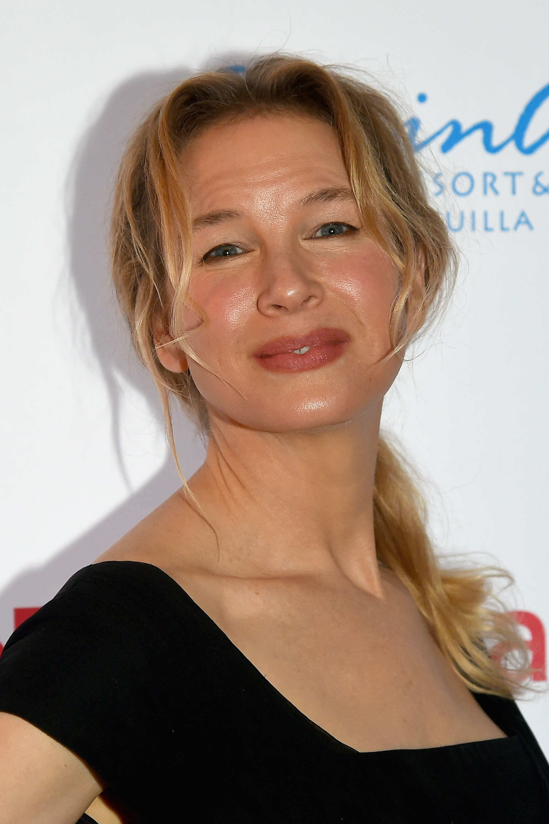 GREENWICH, CT - JUNE 01:  Renee Zellweger attends the Changemaker Honoree Gala during the Greenwich International Film Festival on June 1, 2017 in Greenwich, Connecticut.  (Photo by Ben Gabbe/Getty Images for Greenwich International Film Festival)