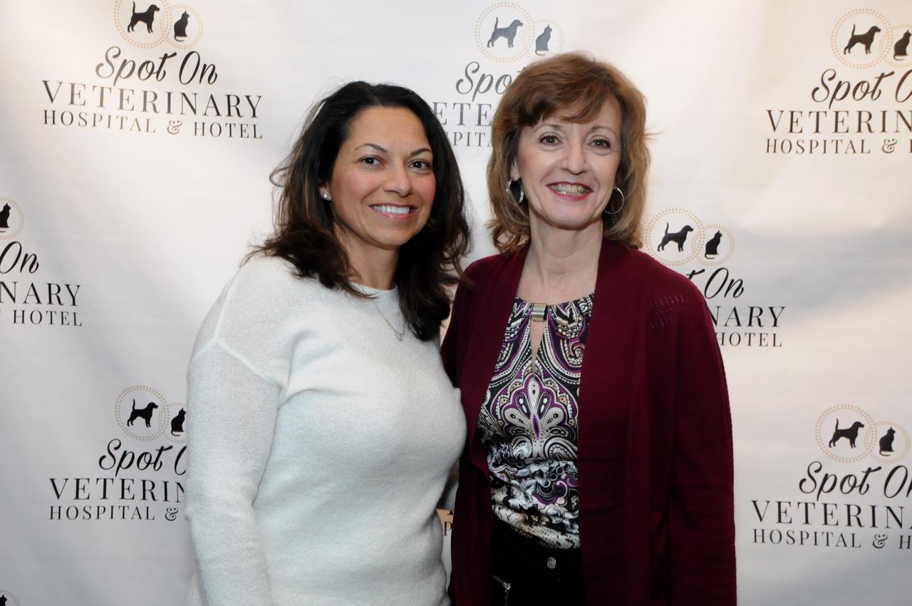 Cheryl Farley, Anne Rominello