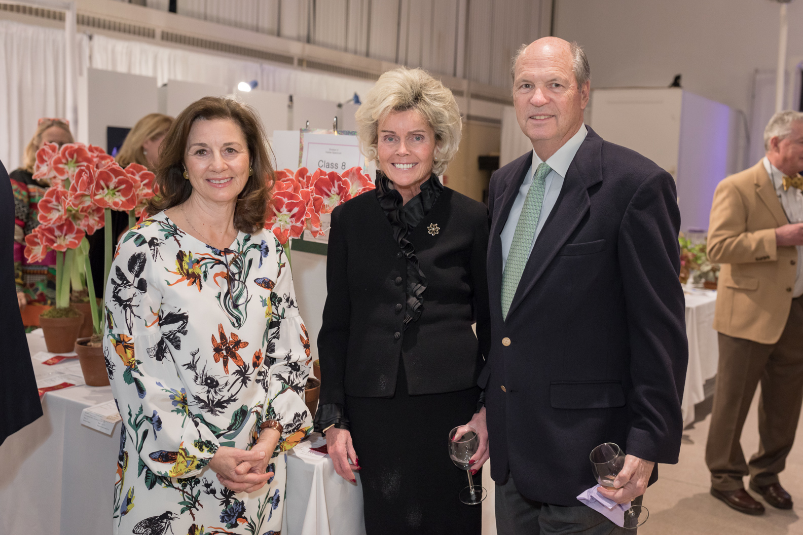 Marie Woodburn, Ann and Keating Hagmann (pictured with winning flowers)