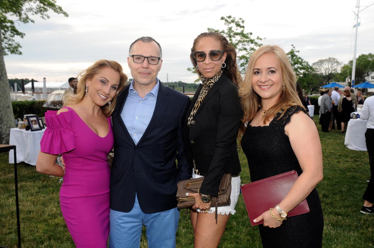 Stacy Zarakiotis, Christos Alexandrou, Niki Bloom, Natailie Desquiron