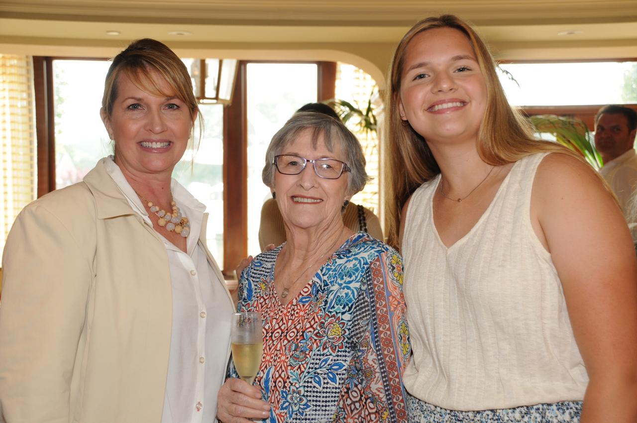 Susan Jackson, Jane Kaupie, Kaileigh Jackson