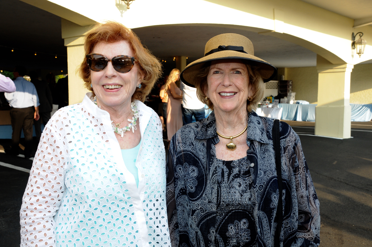 Sandy Herman, Donna Moffly
