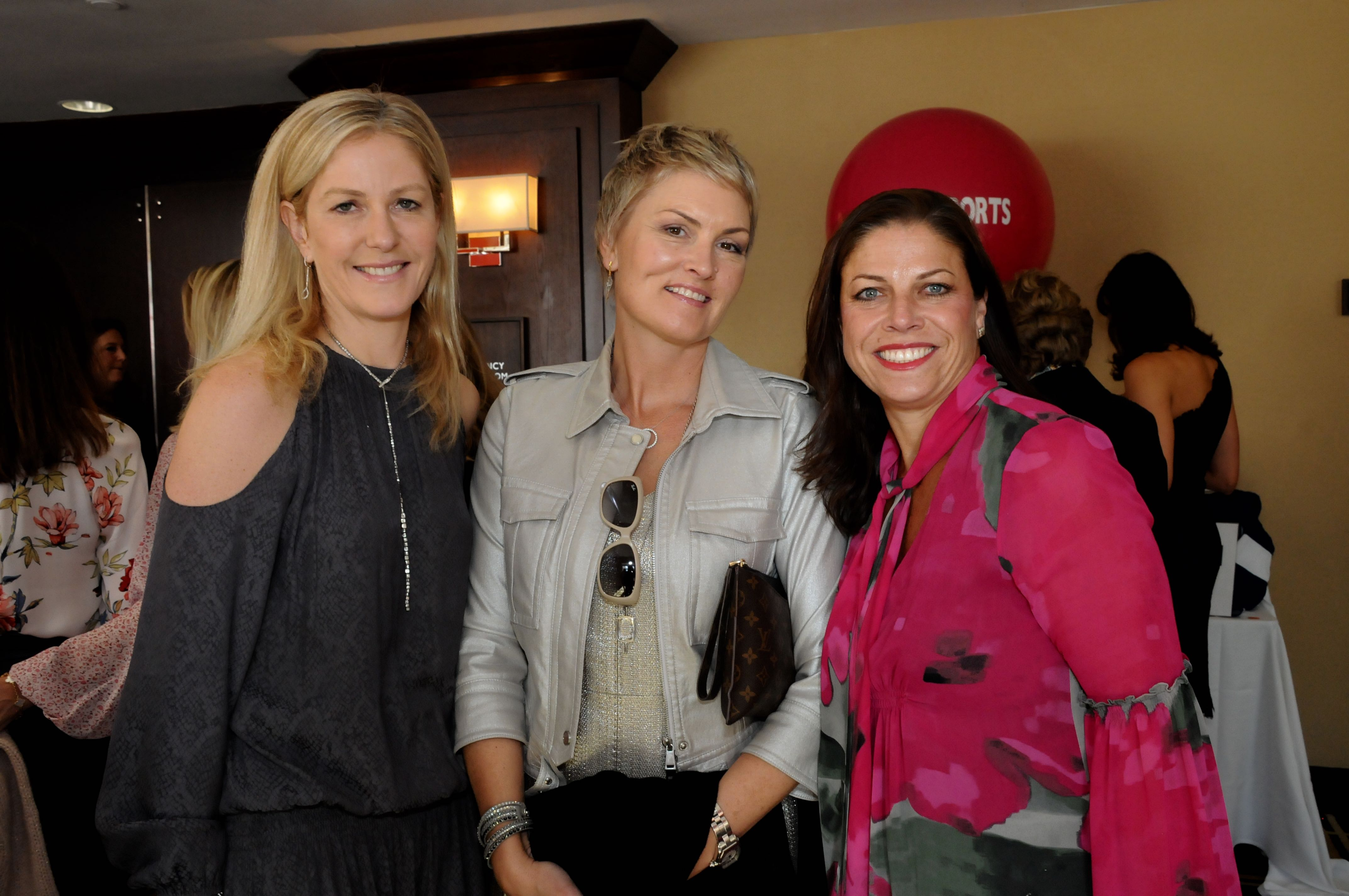 Nattalie Weigenfeld, Eileen Collins, Alessandra Messineo Long
