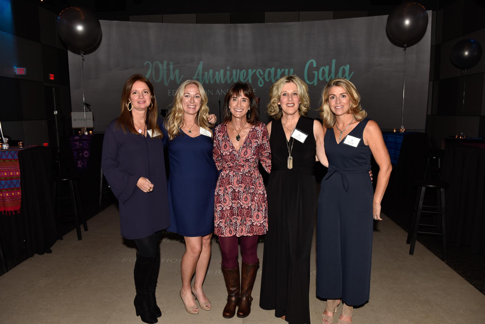 Kelly DeGulis, Laurie Swenson, Julie Coyne, Beth Iovinelli, Karen Elders