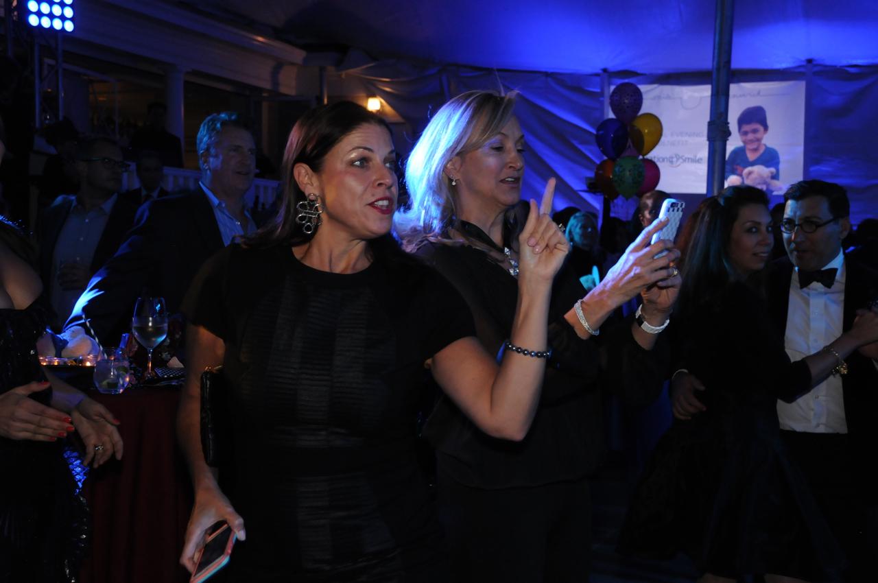 Alessandra Messineo Long, Janine Kennedy