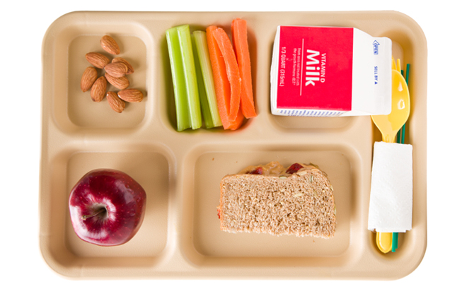 Fuel your brain and maximize your learning potential through healthy new school cafeteria food choices.