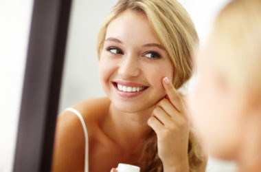 Skincare and beauty tips every mother should share with her daughter