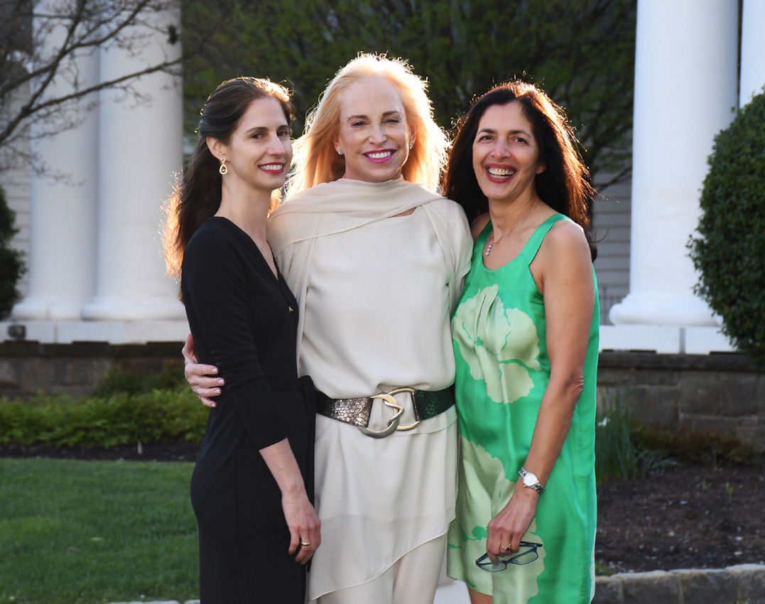Daniella Rabellino, Fran Cohen, Bibi Clarke