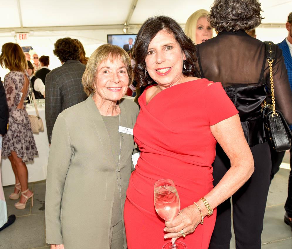 Joyce Thompson, Cindy Vaccaro