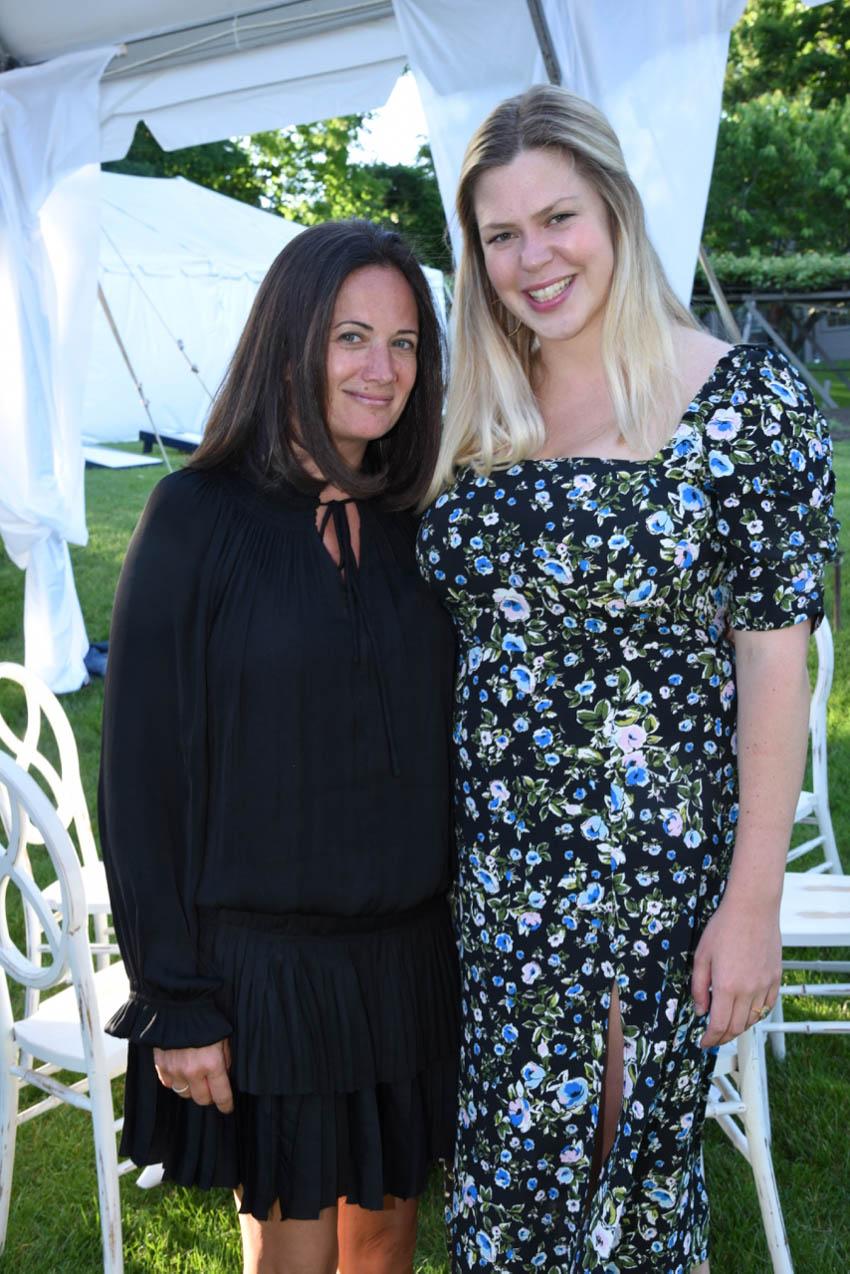 Jen Danzi, Kathleen Godbold