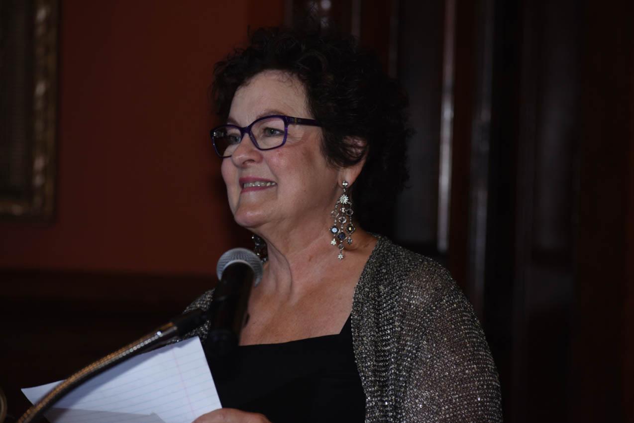 Gail Candlin